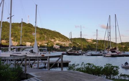 Clarks Court Bay marina
