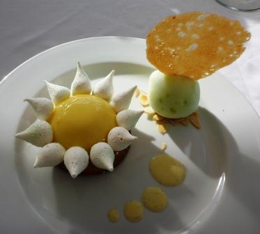 Lemon meringue desert