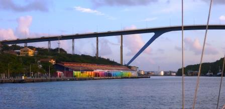 Leaving the Willemstad bridge behind