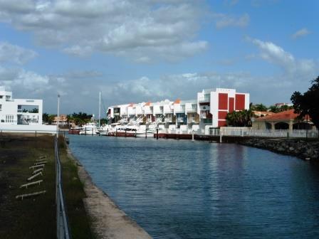 Marina complex