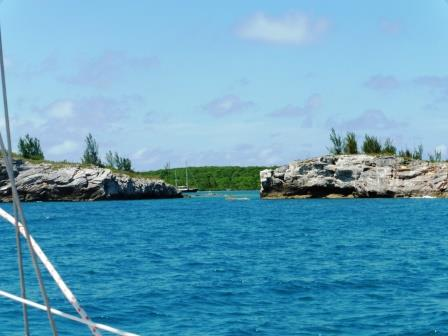 Approaching the cut into Hatchet Bay