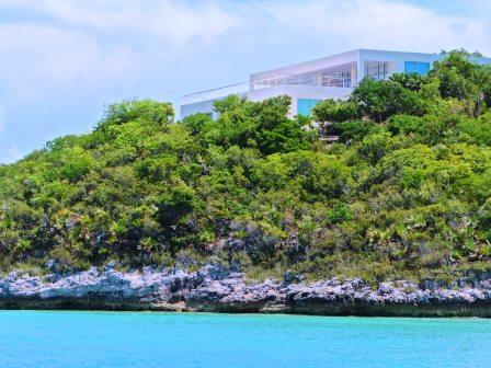 Private island luxury 2