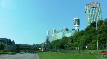 Approaching Niagara