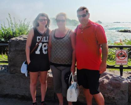 In front of the Horseshoe Falls 2