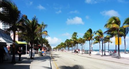 Beachfront boulevard