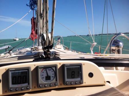 Still blowing 26 knots