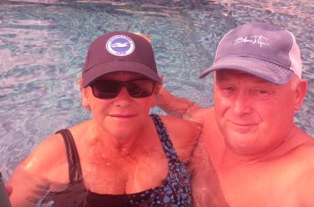 Pool bobbing