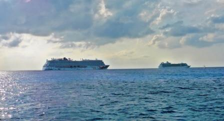 Cruise ships leaving