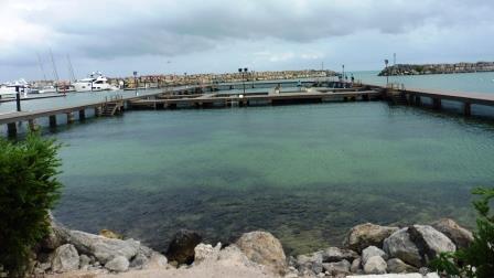 Dolphin prison