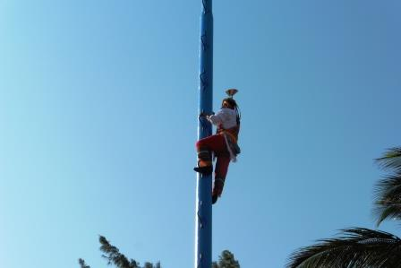 Mayan pole 2