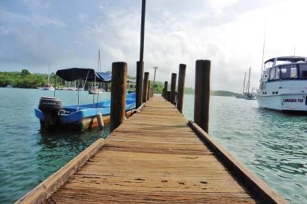 Dinghy dock at Brunos