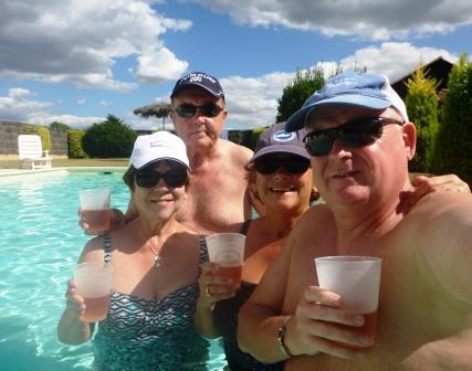 Pool bobbing 2