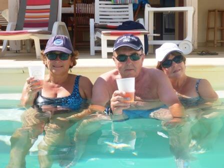 Pool bobbing 3